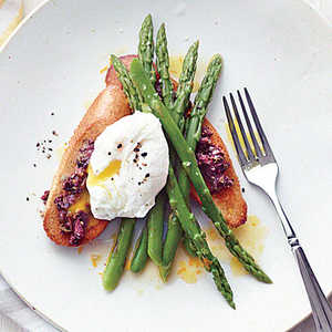 Asparagus Salad with Poached Eggs and Tapenade ToastsRecipe