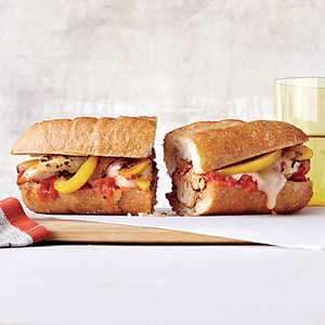 Cheesy Chicken and Pepper Subs Recipe
