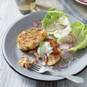 Red Pepper Crab Cakes with Lemony Mayo Recipe