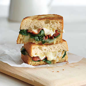 Garlicky Grilled Cheese with Bacon and SpinachRecipe