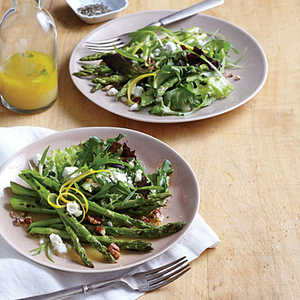 Skillet Asparagus Salad with Goat CheeseRecipe