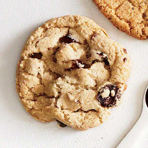 Bourbon, Cranberry, and Walnut Cookies Recipe