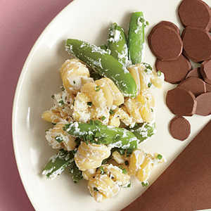 Pasta with Sugar Snap Peas and Ricotta CheeseRecipe