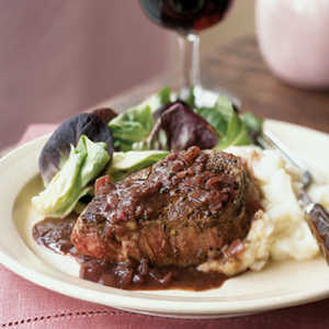 Pan-Seared Beef Filet with Green Peppercorn SauceRecipe