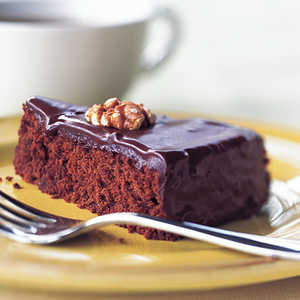 Chocolate-Walnut CakeRecipe