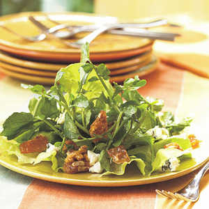 Watercress Salad with Blue Cheese and PralineRecipe