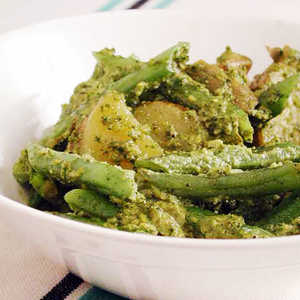 Green Beans and Potatoes Tossed with PestoRecipe