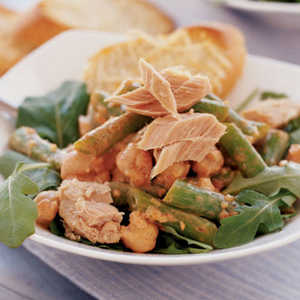 Tuna-Garbanzo Salad Recipe