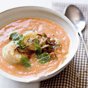 Curry-Citrus Cauliflower Soup with Seared Scallops and Crispy ShallotsRecipe