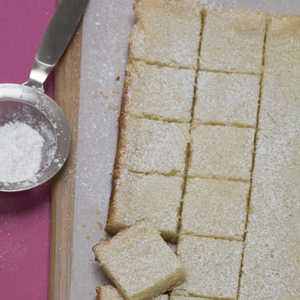 Creamy Lemon Nut Bars Recipe