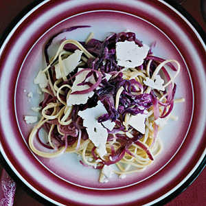 Linguine with Red CabbageRecipe