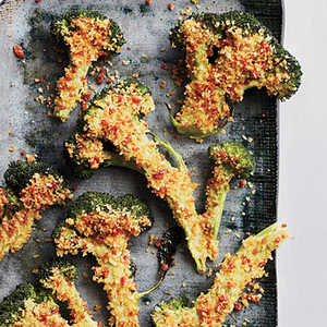 Flash-Roasted Broccoli with Spicy CrumbsRecipe