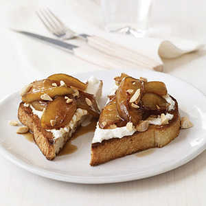 Toasts with Ricotta and Warm Balsamic-Caramel ApplesRecipe