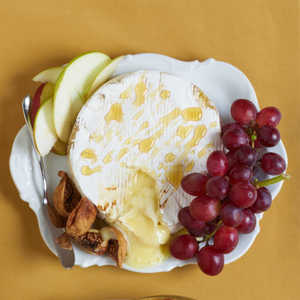 Baked Brie with HoneyRecipe