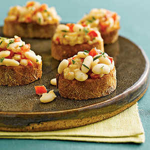 White-Bean-and-Roasted-Red-Pepper CrostiniRecipe