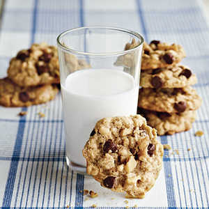 Kitchen Sink Oatmeal CookiesRecipe