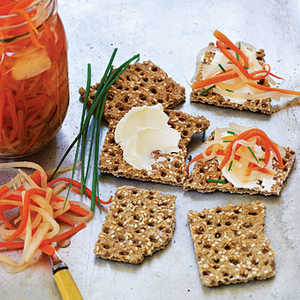 Asian-Style Carrot and Daikon PicklesRecipe