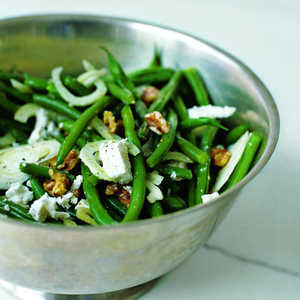 Green Bean Salad with Walnuts, Fennel, and Goat CheeseRecipe