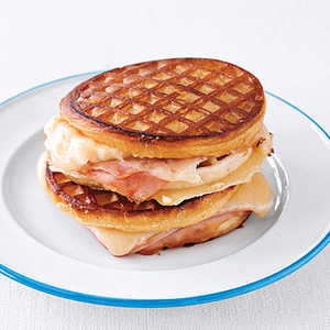 Grilled Ham and Cheese Waffle SandwichesRecipe