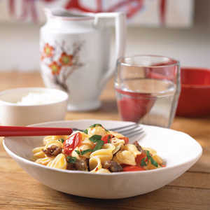 Pasta with Sausage and Red Bell PepperRecipe