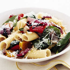 Rigatoni with Grilled Peppers and OnionsRecipe