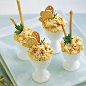 Spicy Roasted Red Bell Pepper Pimiento Cheese Recipe
