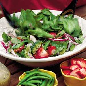 Spinach-and-Strawberry SaladRecipe