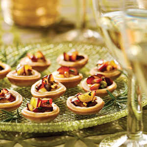 Brie Tartlets With Grape Relish Recipe