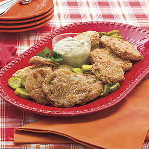 Fried Green Tomatoes With Bread-and-Butter Pickle Rémoulade Recipe
