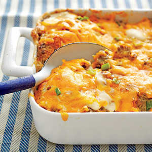 Sausage, Biscuit, and Gravy Bake Recipe