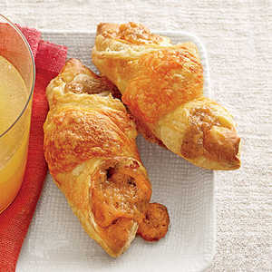 Apple Butter-and-Cheddar Puffs