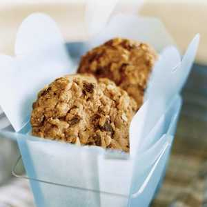 Peanut Butter-Chocolate Chip-Oatmeal CookiesRecipe