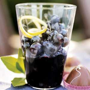 Blueberries in Black Pepper-Syrah SyrupRecipe