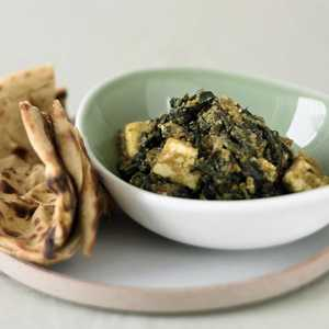 Curried Spinach with Fresh Cheese (Saag Paneer)Recipe