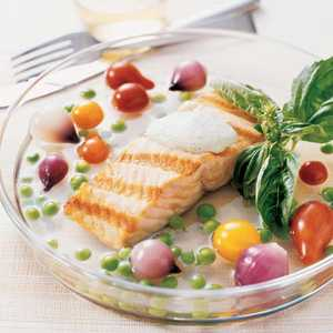 Grilled Salmon in Tomato Water Recipe