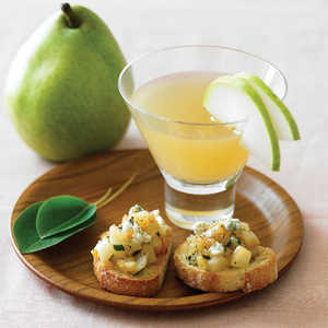 Caramelized Pear and Sage CrostiniRecipe