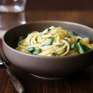 Linguine with Gorgonzola, Potatoes, Green Beans, and Sage Recipe