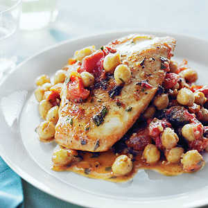 Chicken with Tomatoes, Apricots, and Chickpeas Recipe