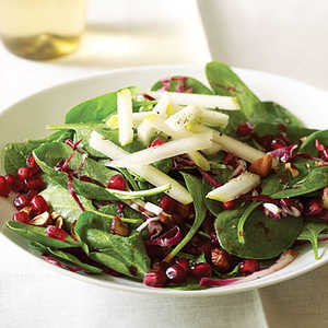 Spinach Pomegranate Salad With Pears and HazelnutsRecipe