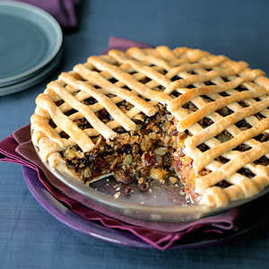 Apple and Dried-Fruit Spice PieRecipe