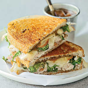 Toasted Turkey, Brie, and Apple SandwichesRecipe