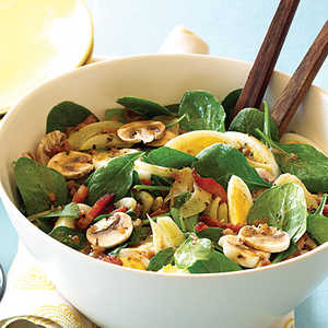 Spinach, Mushroom, and Fennel Salad with Warm Bacon VinaigretteRecipe