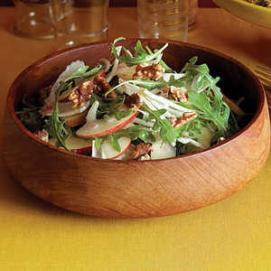 Apple-Fennel Salad with WalnutsRecipe