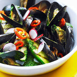 Grilled Mussels with Cilantro Bath Recipe