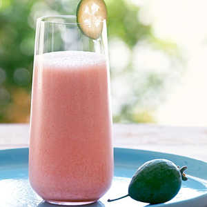 Pineapple Guava (Feijoa) and Strawberry SmoothieRecipe