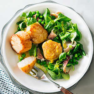 Scallop, Prosciutto, and Mâche Salad Recipe