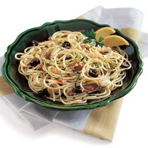 Spaghetti with Clams, Tuna, and BaconRecipe