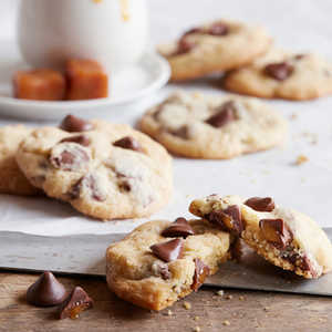 NESTLÉ® TOLL HOUSE® Caramel Filled DelightFulls Chocolate Chip Cookies Recipe