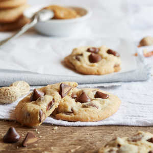 NESTLÉ® TOLL HOUSE® Peanut Butter Filled DelightFulls Chocolate Chip Cookies Recipe