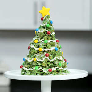 <p>Giant Marshmallow and Cornflakes Christmas Tree Treat</p>